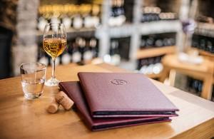 glass-wine-ostrich-baby-menu-cover